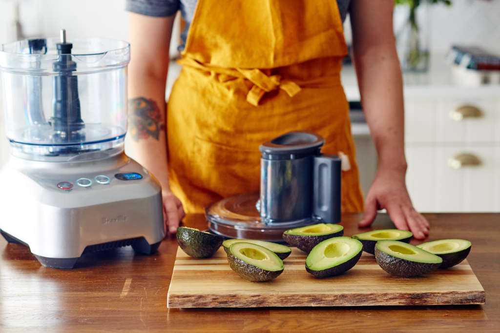 10 Delicious Ways to Turn an Avocado into Lunch
