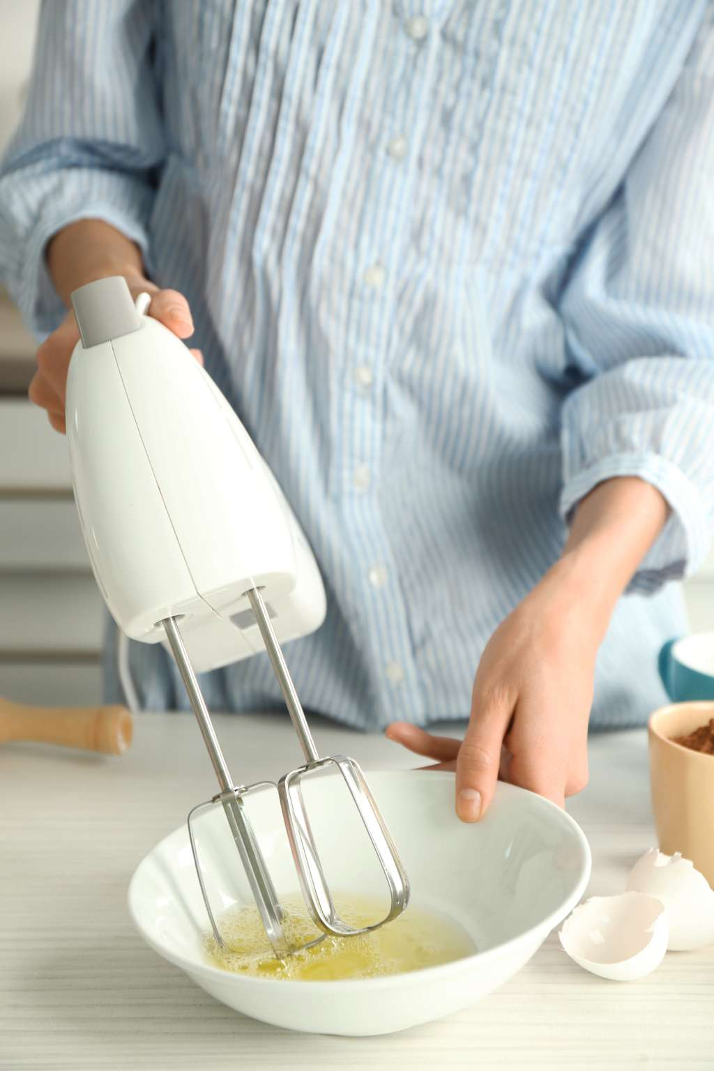 Why My Stand Mixer Will Never Replace My Hand Mixer | Kitchn