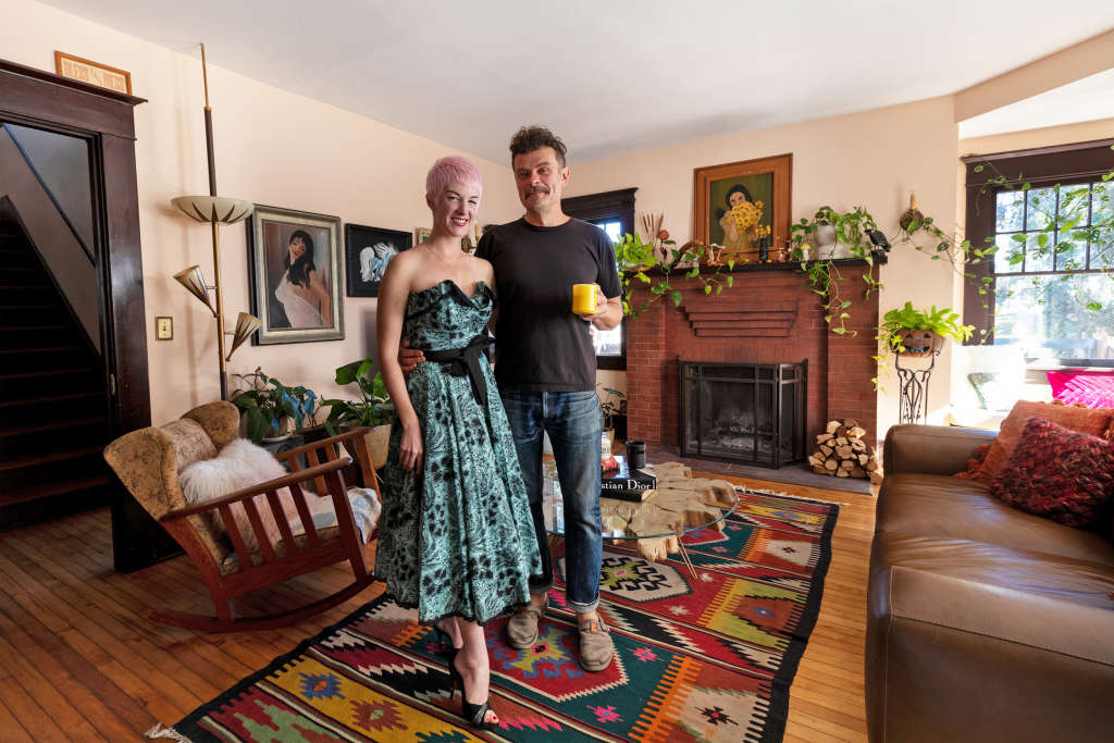 Vintage Loving First-Time House Owners Create a Cozy Home