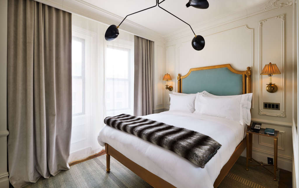 This is How To Make Your Bed at Home Like a 5-Star Hotel