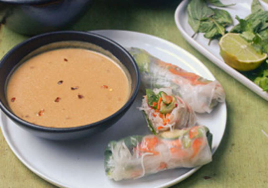 What's the Secret to Making a Good Thai Peanut Sauce?