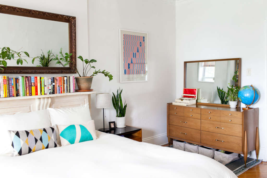 7 smart storage solutions for small bedrooms apartment - Storage solutions for small bedrooms ...