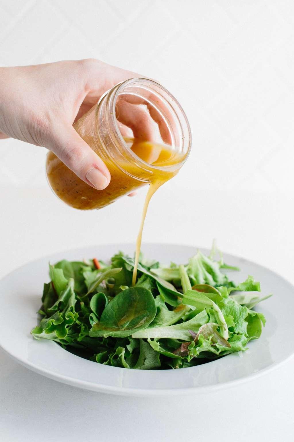 how to make vinaigrette thicker