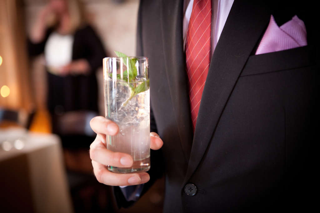 8 Things To Know About Stocking The Bar At Your Own Wedding Kitchn