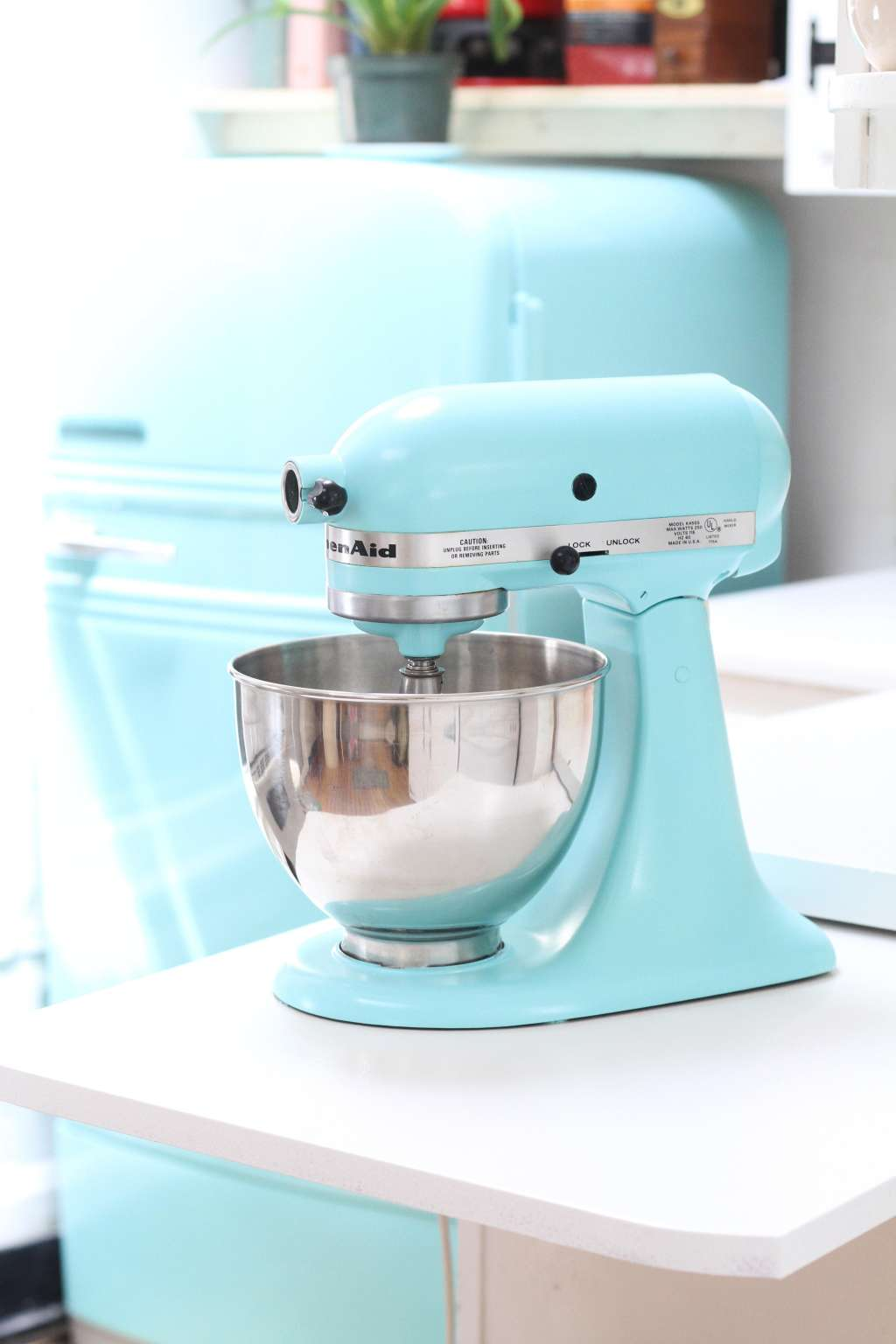 How To Paint a KitchenAid Mixer a New Color