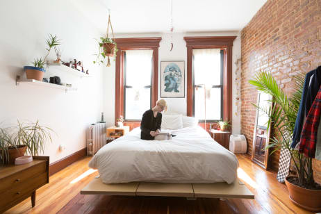 Brooklyn Home Tour An Artist Urban Planner S Rental Apartment