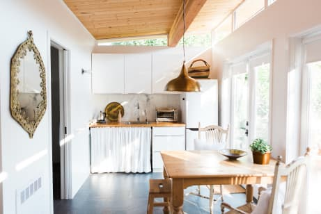 - House Tour: A Tiny California Backyard Guest House Apartment Therapy