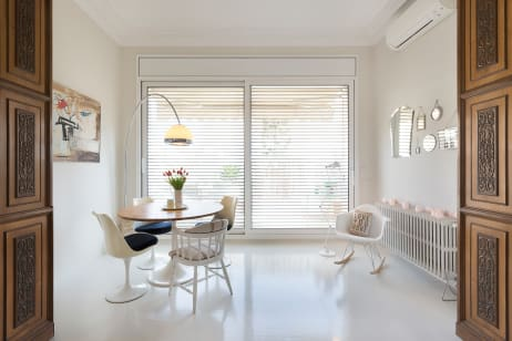 House Tour A Vintage Minimalist Apartment In Barcelona