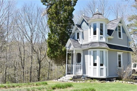 Victorian Tiny House In Maine For Sale Photos Apartment Therapy