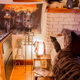 Sarah Amp Davey S Vintage Lodge Apartment Apartment Therapy