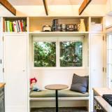 House Tour A Modern Amp Cozy Santa Monica Cottage