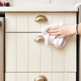 how to get cooking grease off of kitchen cabinets how to get sticky cooking grease cabinet doors kitchn 9903