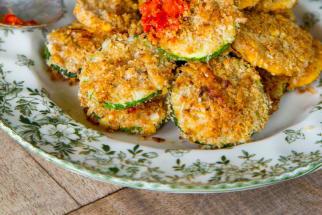 Oven-Baked Zucchini Crisps