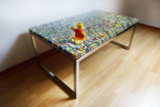 DIY table made from Lego bricks