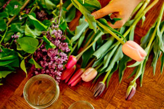 5 Tips to Help You Turn Store-Bought Flowers into Pretty Table Arrangements