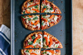 Thai Curry Naan Pizza