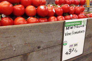 Whole Foods labeling system tomatoes