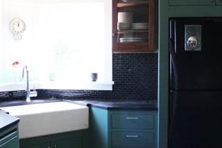 Cool Greens & A Corner Sink