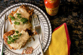 Recipe: Cholula Chicken Fried Steak with Gravy
