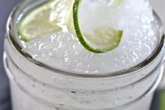 Frozen Gin and Tonic Cocktail