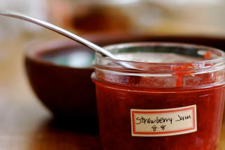 How To Make Quick Refrigerator Jam Without Pectin
