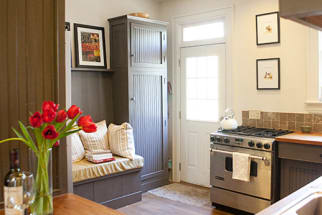 Bo and Lindsey's Travel-Inspired Kitchen