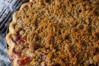 Spring Recipe: Rhubarb Crumble Pie