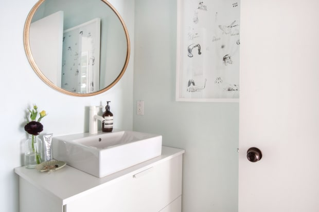 Rock Your Reno With These 11 Bathroom Mirror Ideas: Apartment Therapy