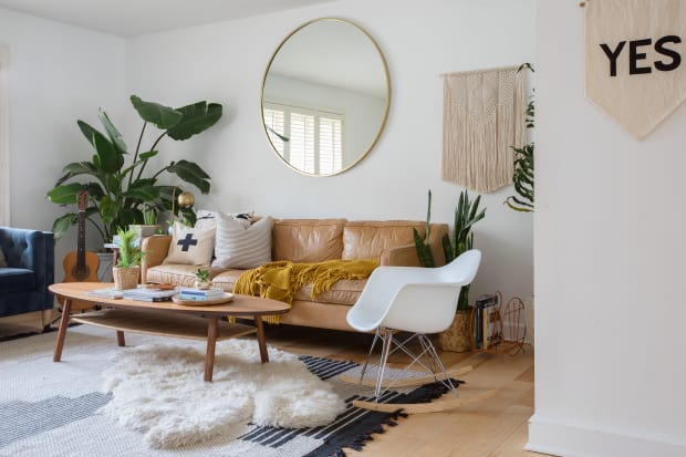 Cupcakes And Cashmere Emily Schuman La House Tour Apartment Therapy