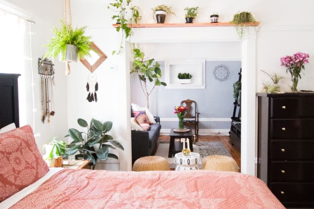 Budget DIY Room Decor Using Drop Cloth | Apartment Therapy on