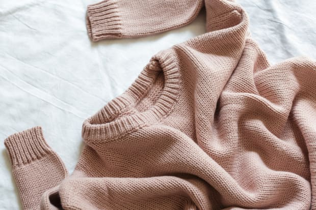 How To Unshrink A Sweater And Fix Shrunken Clothes Apartment Therapy