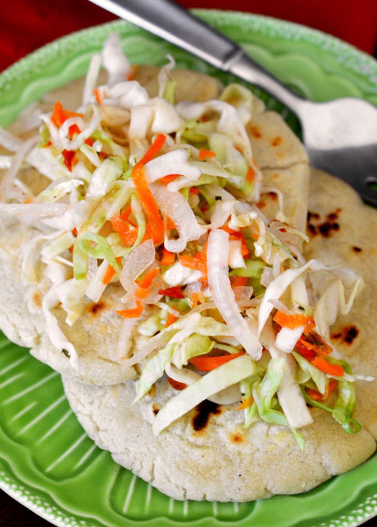 how to make vegetarian pupusas