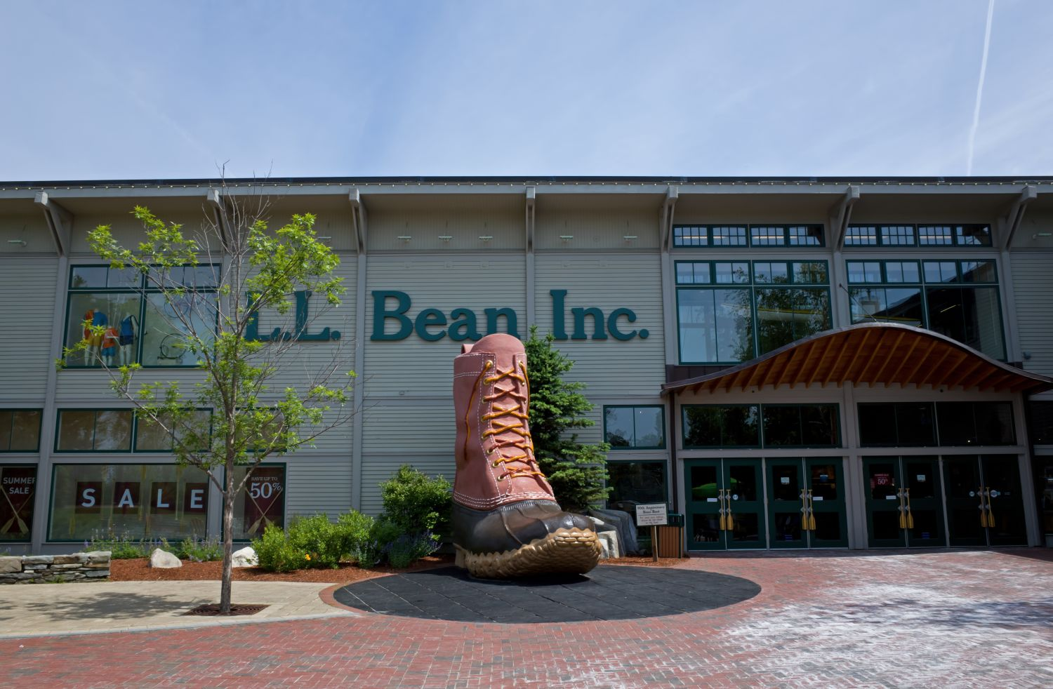 LL Bean Just Opened The First Outdoor Coworking Space