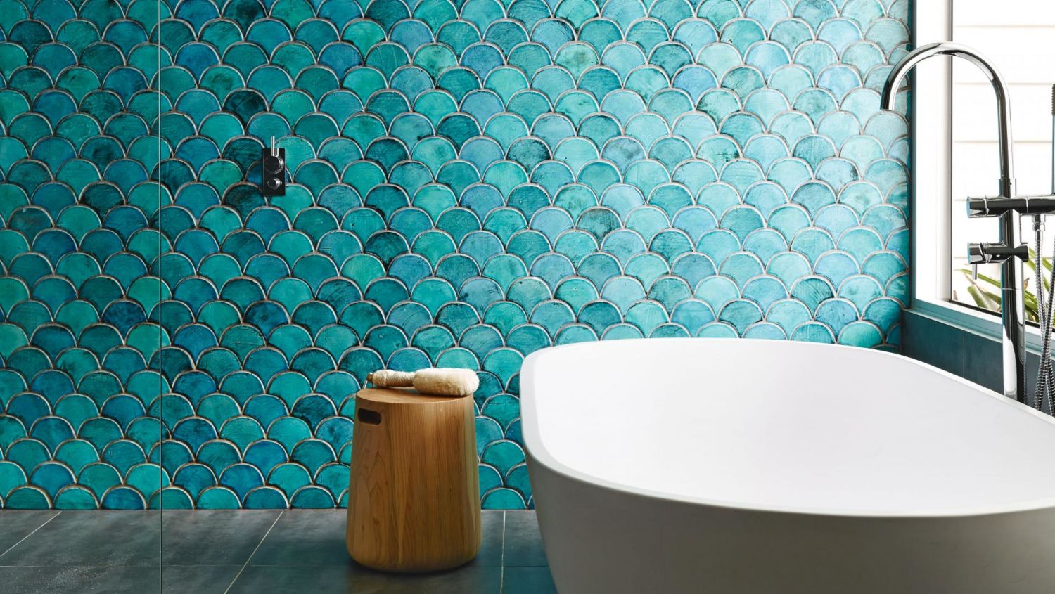 tile best sources for fish scale fan scallop design apartment therapy - Turquoise Floor Tile
