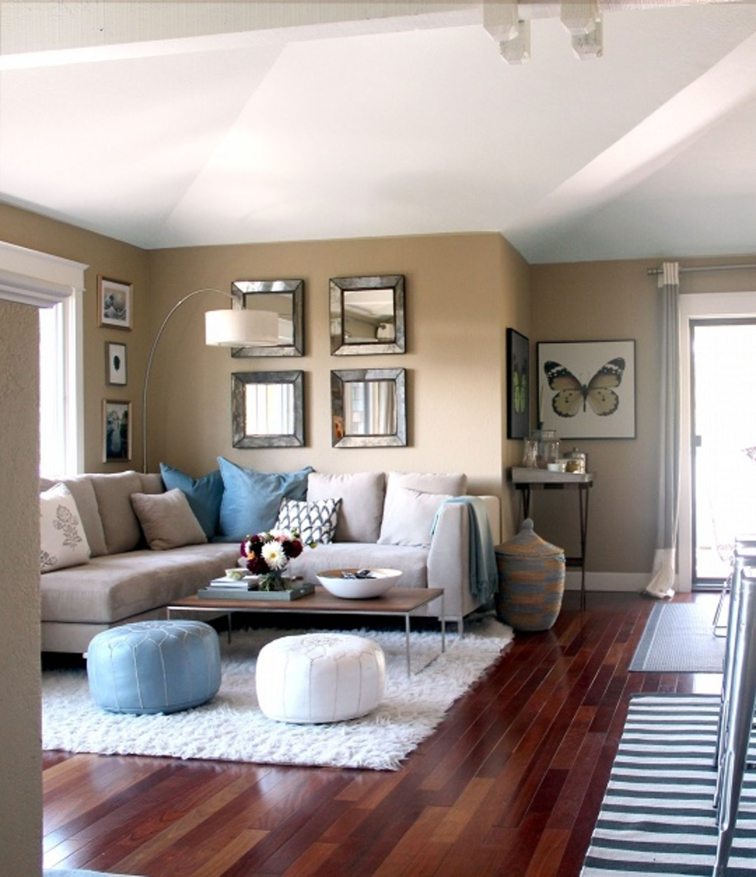 Looking For Apt: Look For Less: Sarah And Matt's Expertly Styled Family