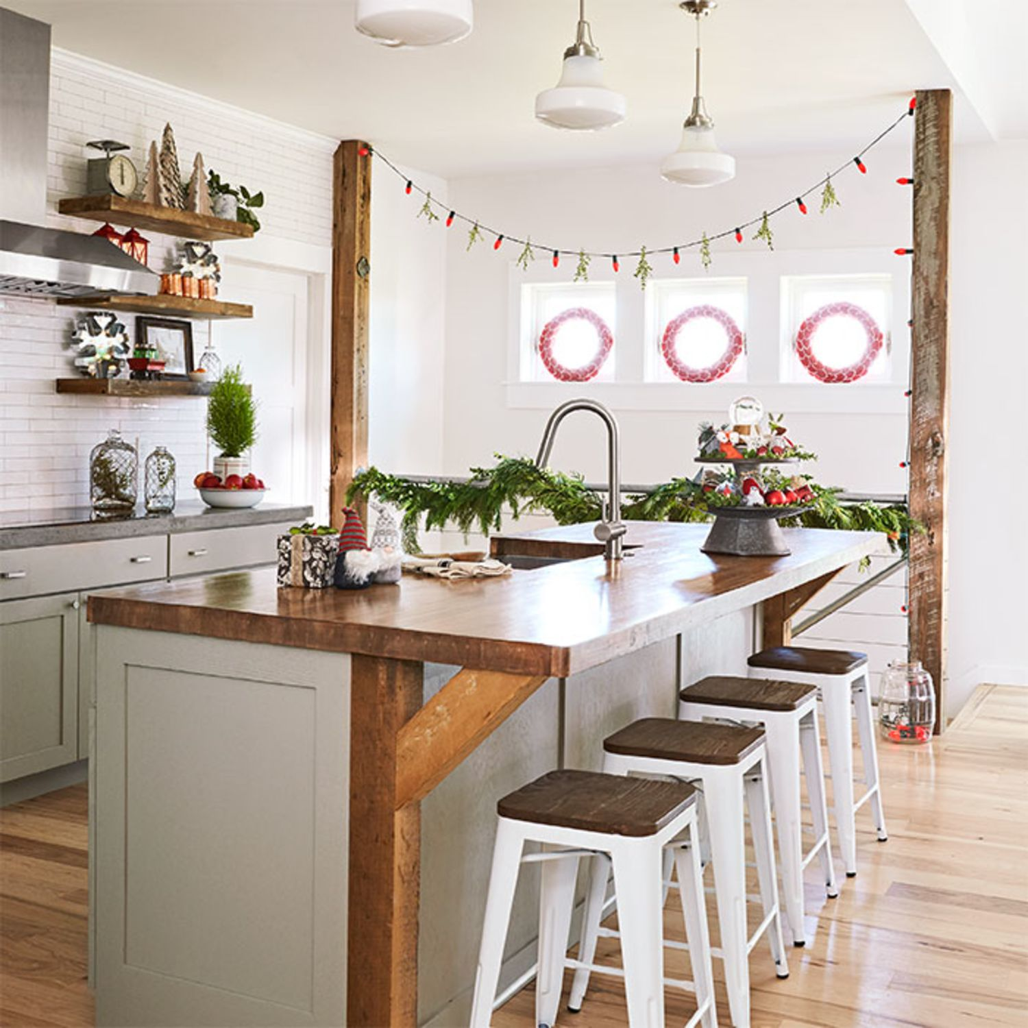 Christmas In The Kitchen: The Cutest Holiday Way To Light Up The Kitchen