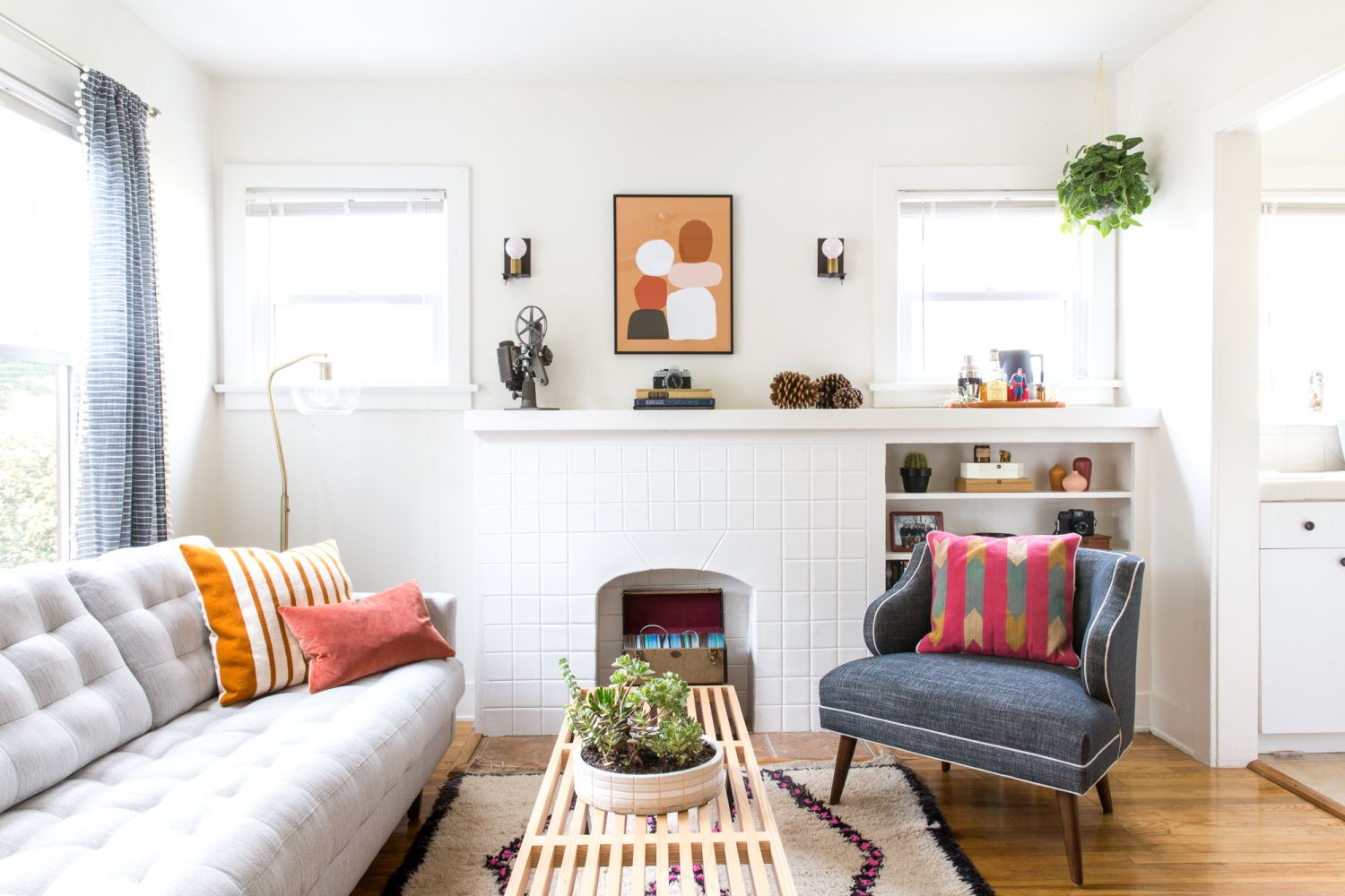House tour: a colorful california bachelor pad apartment therapy