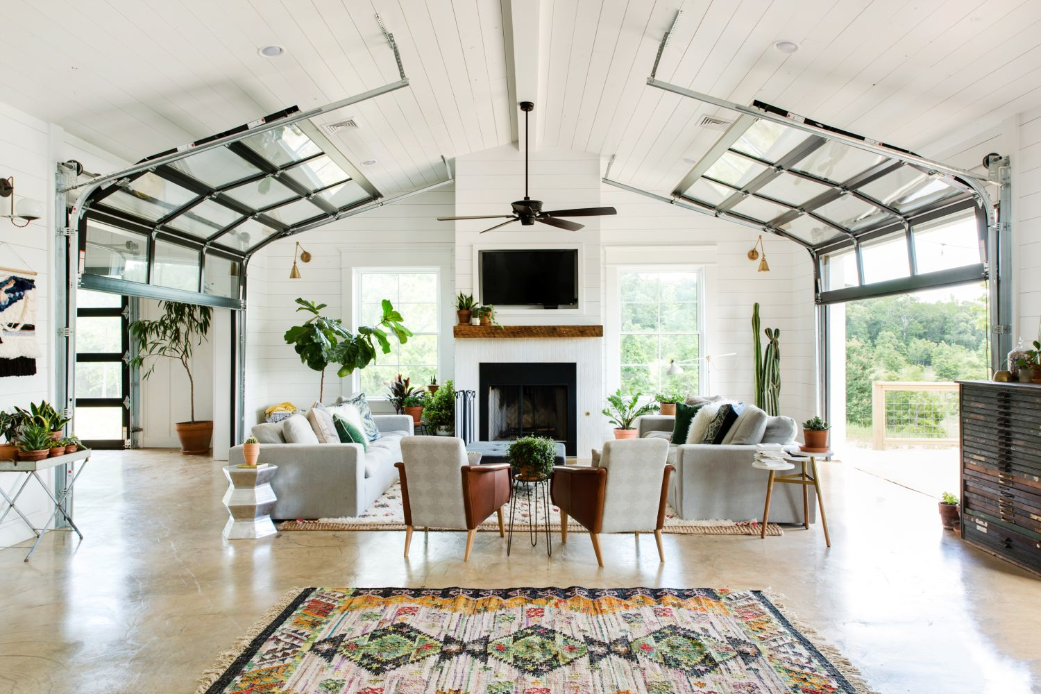 This Is Quite Possibly The Nicest Barn House of All Time