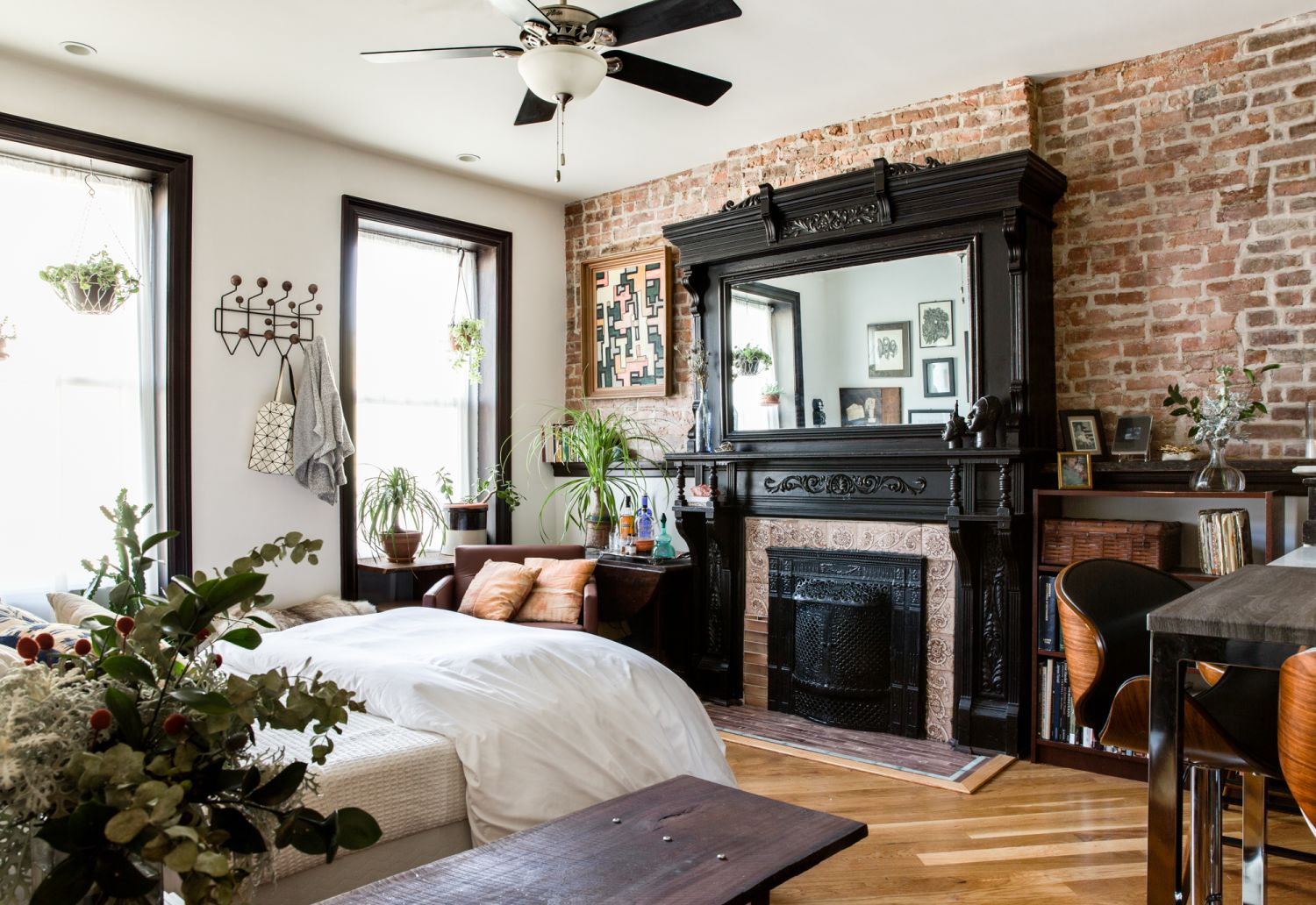 Making Small the Greatest of All: Our Best Posts this Year on Smart Small Space Living