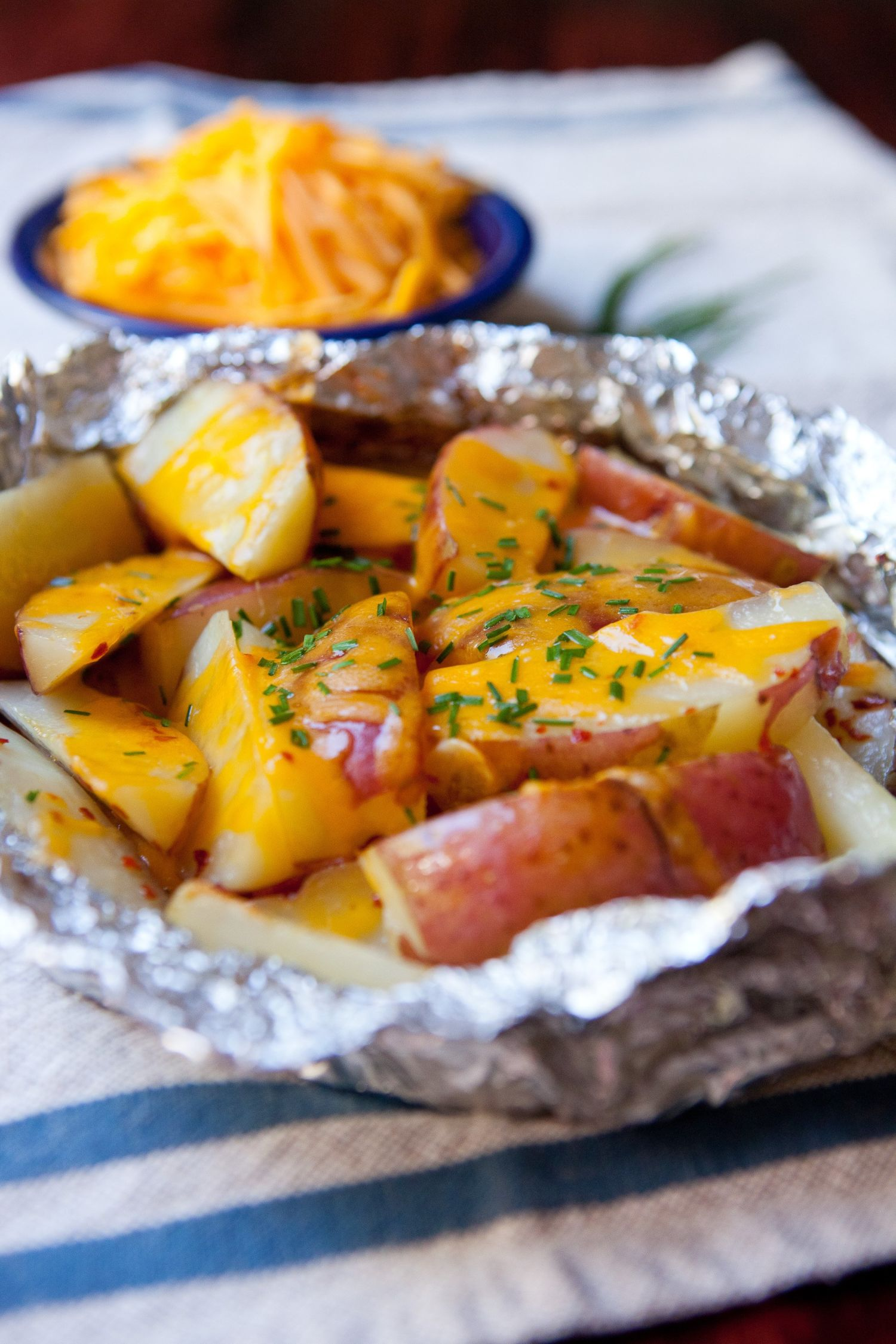 Recipe: Cheesy Grilled Potato Packets