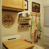 Lauren's Warm & Bright Chicago Studio — Small Cool