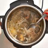 how to make beef bone broth in pressure cooker