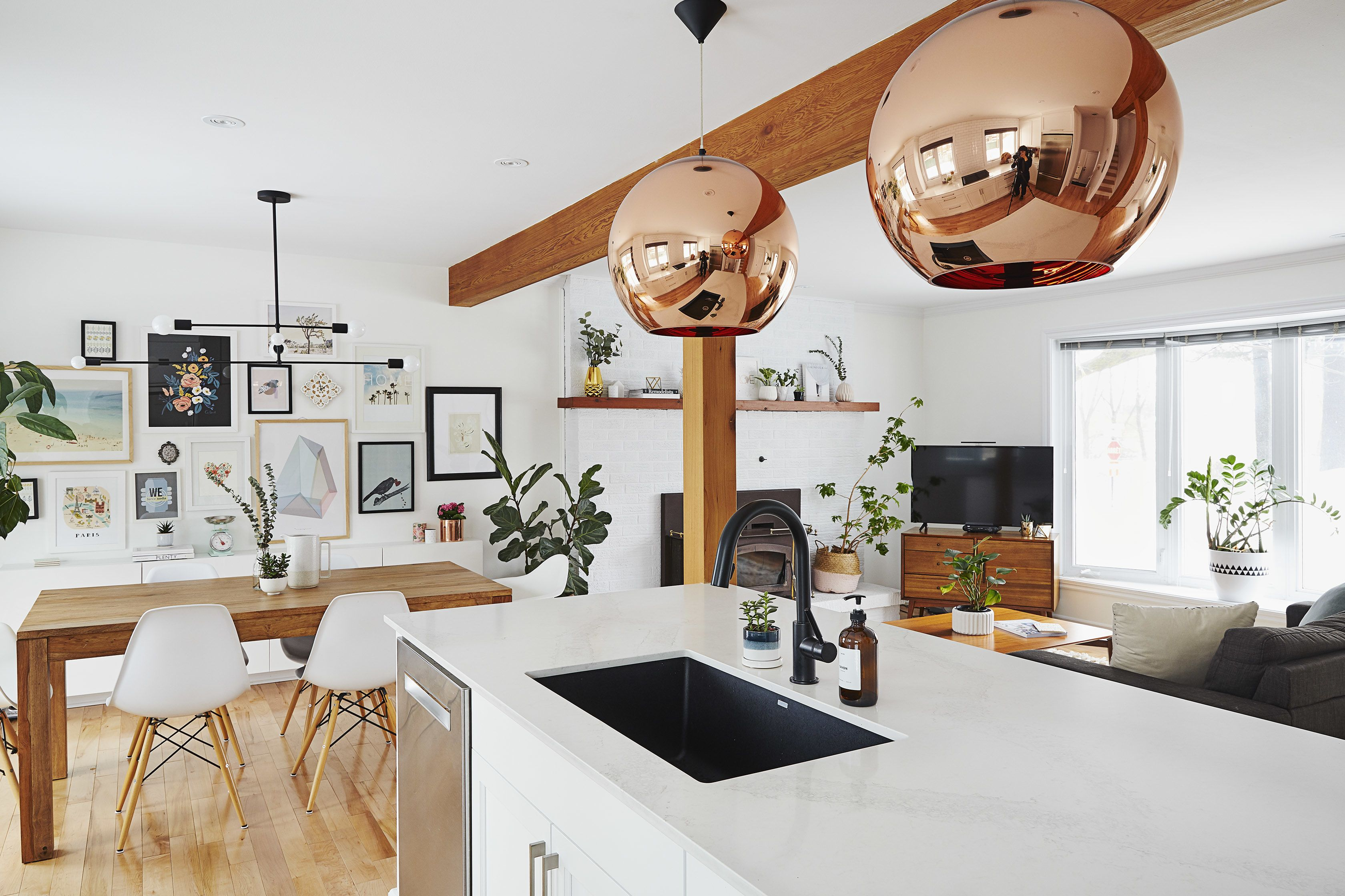 Montreal Tour: A Childhood Home\'s Fresh Modern Look | Apartment Therapy