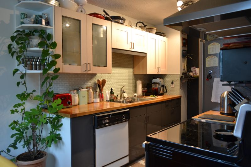Rosie & Alex's 'Made with Friends' Kitchen — Small Cool Kitchens 2013