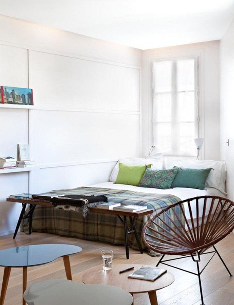 This is the tiny charming apartment of parisian writer and designer éléonore which at 377 square feet somehow magically contains a kitchen workspace