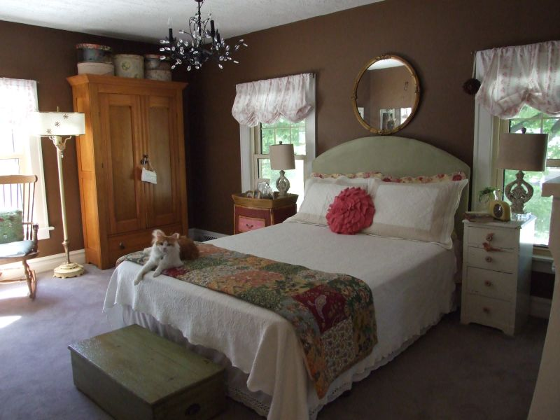 """Paula's """"Cozy and Sweet"""" Room — Room for Color Contest"""
