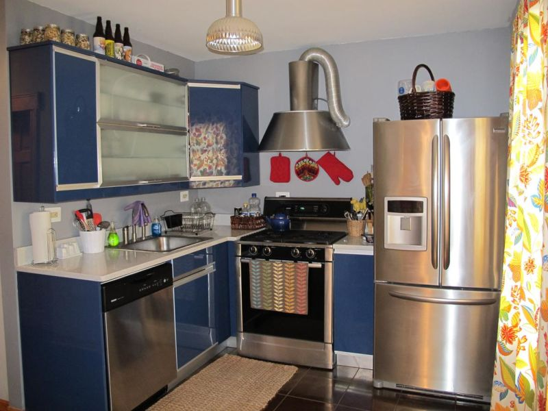 Lauren's Cheery Blue Chicago Kitchen —  Small Cool Kitchens 2012