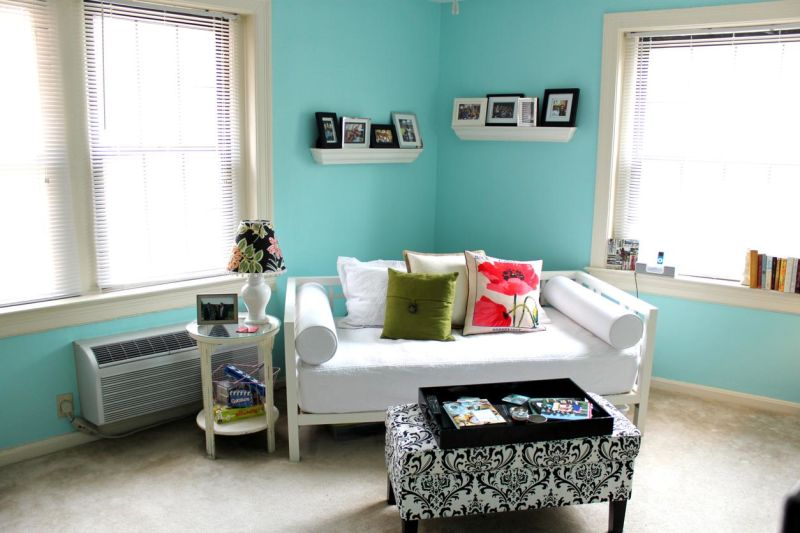 Julie's Brightly Colored Walls — Small Cool Contest