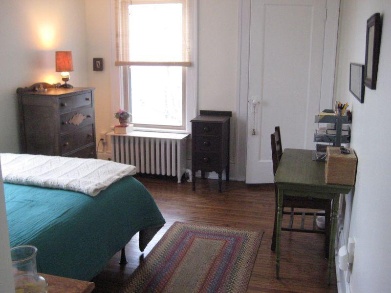 Lynn's Calm & Charming Bedroom — My Bedroom Retreat Contest