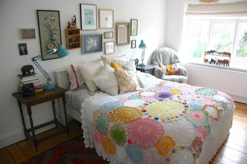 """Jo's """"Doily Delight"""" Room — Room for Color 2014"""